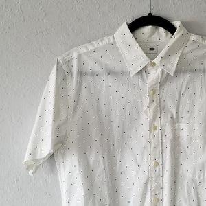 Uniqlo White Short Sleeve Polka Dot Shirt M NWT